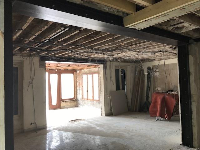 Restructuration d'un appartement afin de créer un espace de vie unique