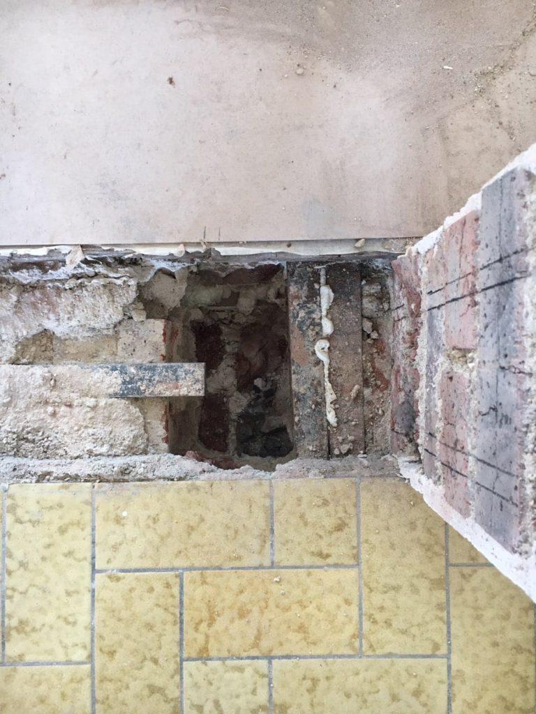 Agrandissement d'une baie vitrée et création d'une baie pour la porte à Juan-les-Pins - Murs porteurs