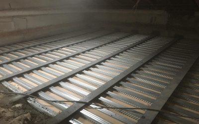 Création d'un plancher collaborant en bac-acier à Mouans-Sartoux.