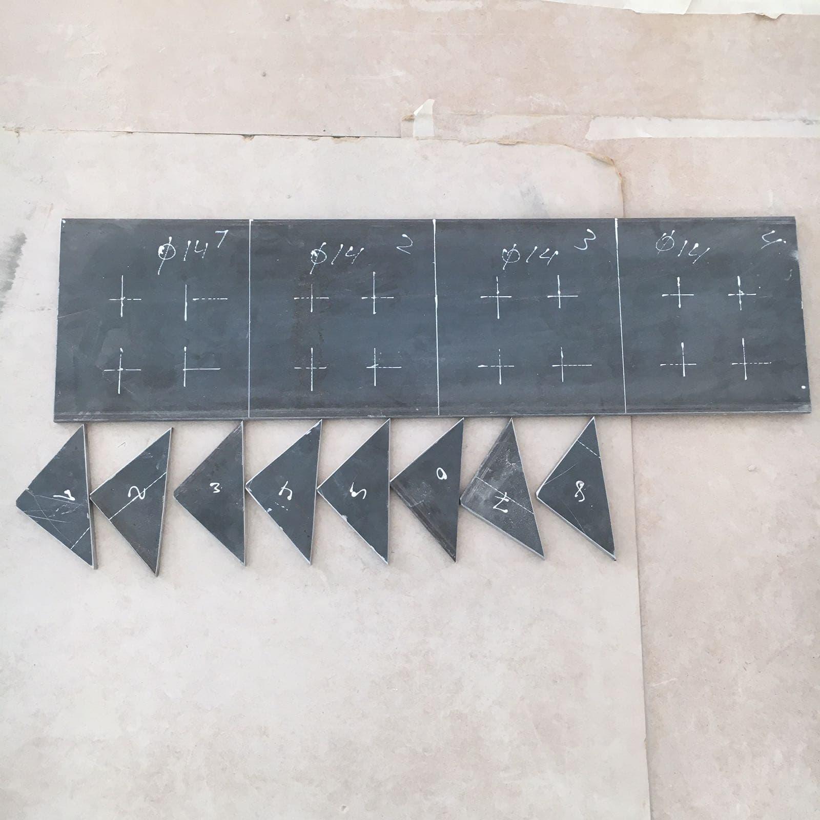Création d'une ouverture dans un mur porteur en béton armée à Mandelieu-la-Napoule. Renforcement par technique de moisage. - Murs porteurs