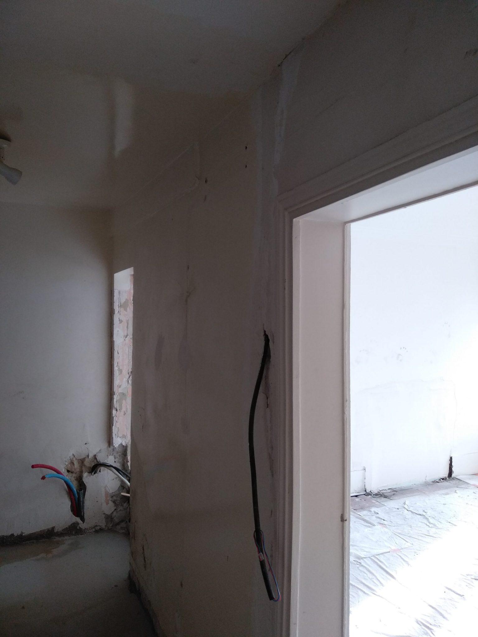 Murs porteurs - Démolition de mur de refend dans une maison individuelle à Toulon. 12