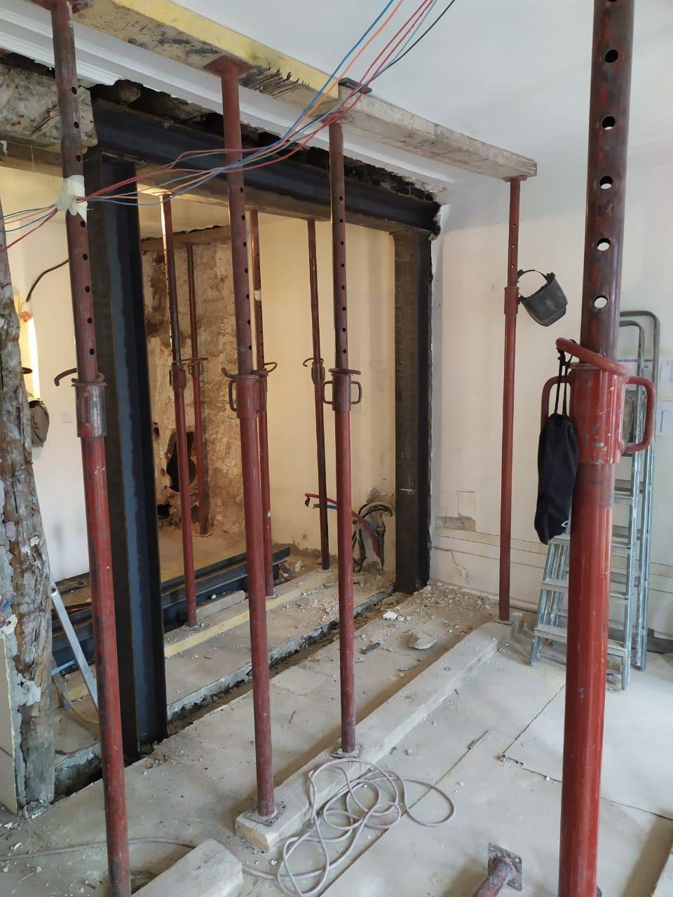 Murs porteurs - Démolition de mur de refend dans une maison individuelle à Toulon. 8