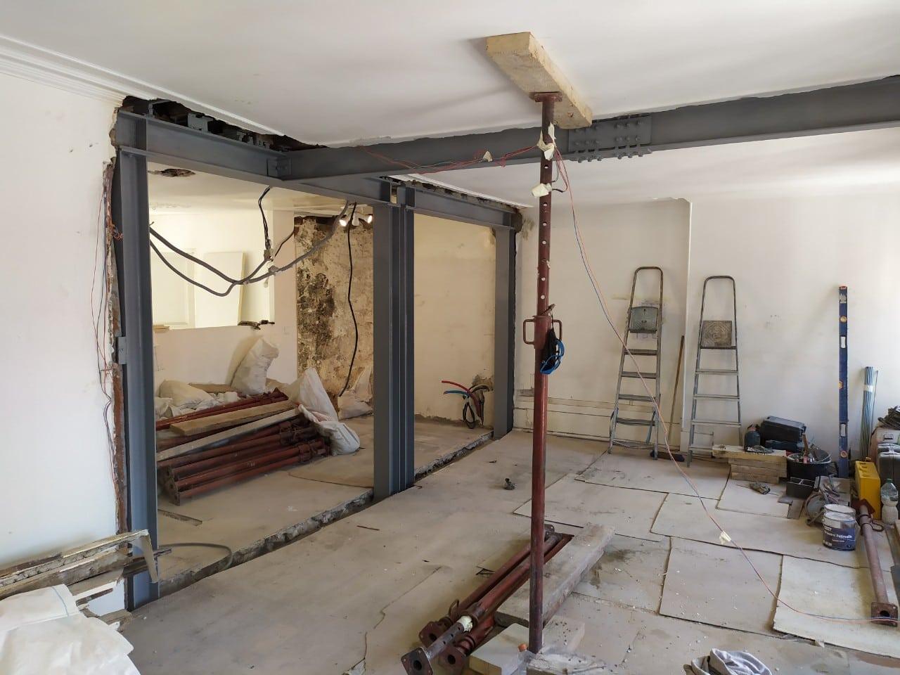 Murs porteurs - Démolition de mur de refend dans une maison individuelle à Toulon. 4